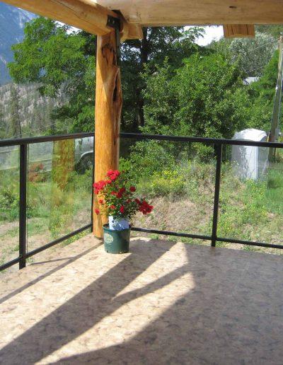 fascia-mount-on-glass-rail